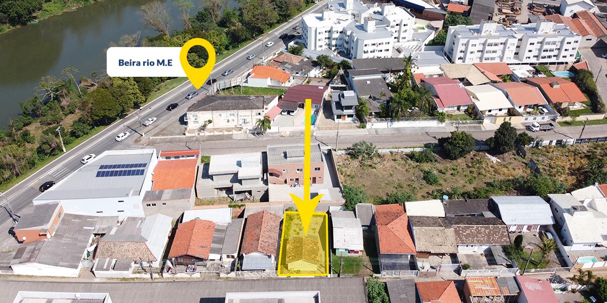 Casa Próximo a Unisul e Beira Rio